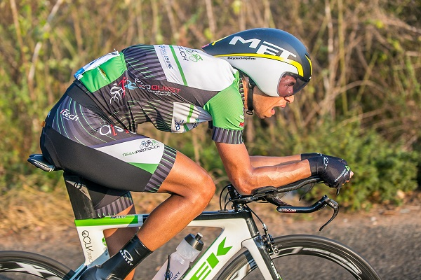 Julius risks all to win stage two of Jock Tour